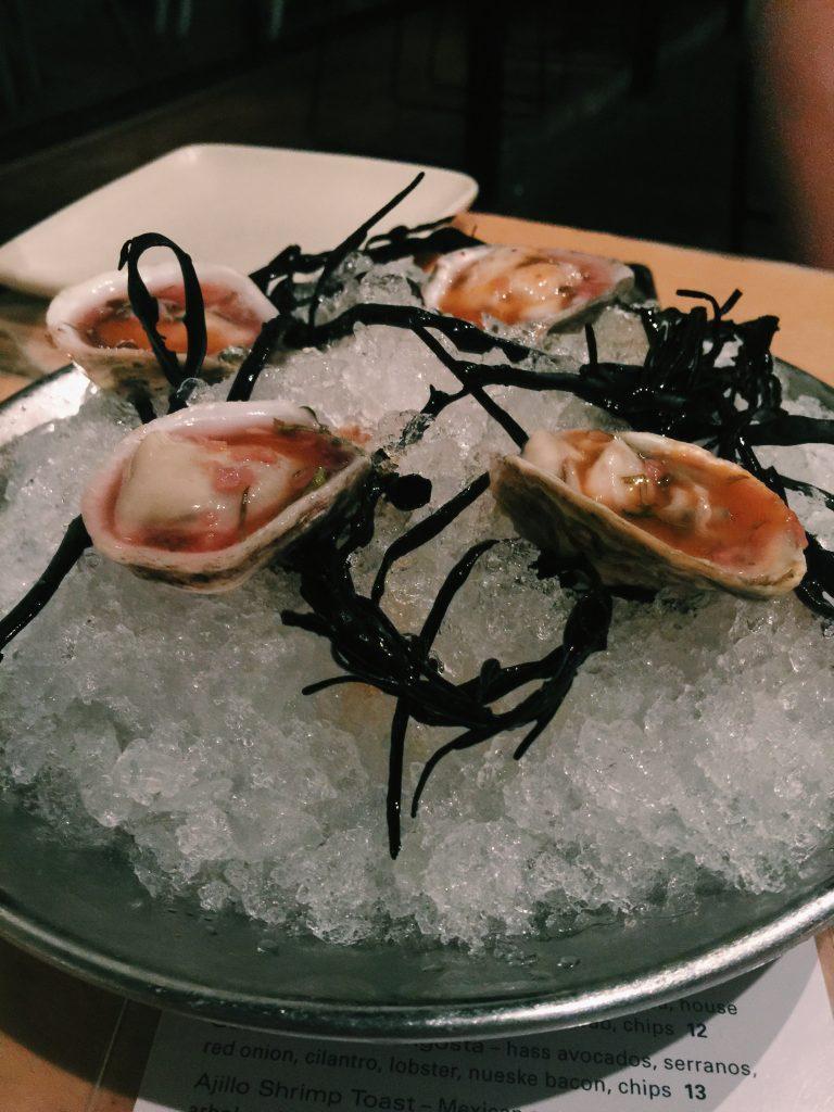 Maradentro-SC-oysters-2.jpg